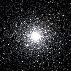 Cumulo globular Messier 54, es de los más famosos en la astronomía, como ven, puede tener miles de estrellas.  Créditos: Wikipedia.org